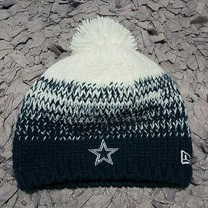 NFL Dallas Cowboys New Era Pom Pom Beanie Womens